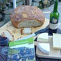 cheese board and walking guide of the Aveyron region