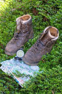 hiking-boots-map-portrait