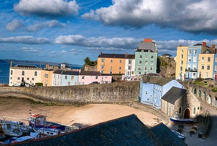 view on houses in Tenby - pembrokeshire