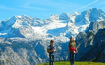 walkers high in the Dachstein mountains