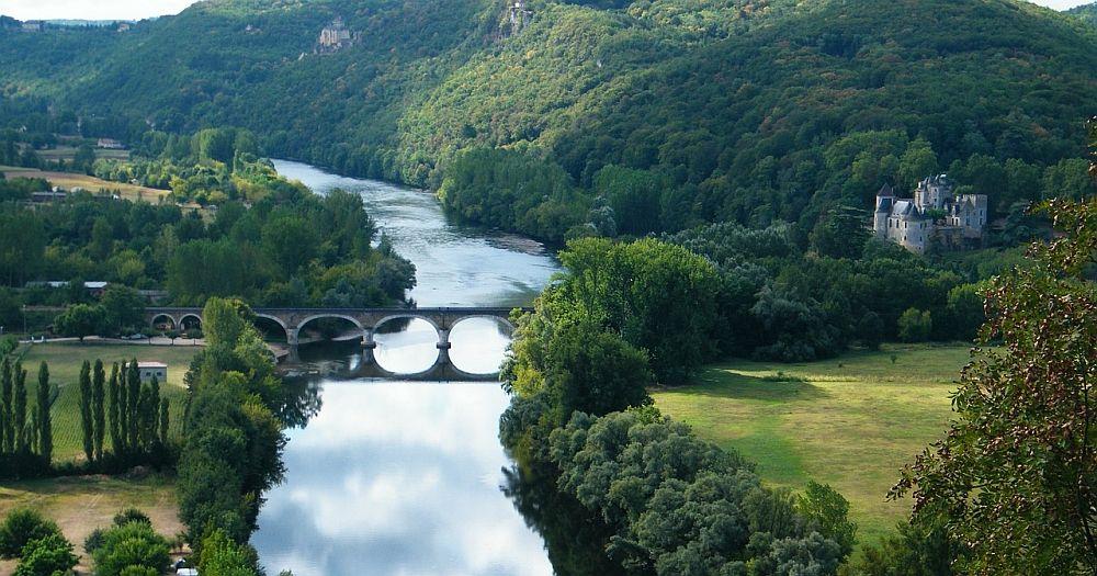 River and a bridge in Dordogne